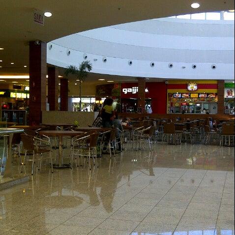 รูปภาพถ่ายที่ Shopping Park Europeu โดย Fernanda G. เมื่อ 7/20/2012