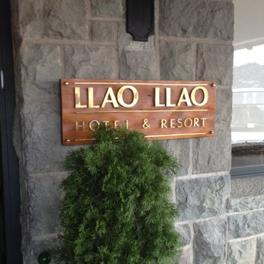 Photo prise au Llao Llao Hotel & Resort par Nicole P. le8/27/2012