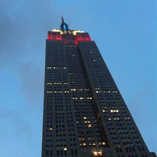 Foto diambil di VU Bar NYC oleh Jason K. pada 9/2/2012