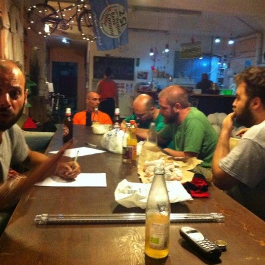 รูปภาพถ่ายที่ Ciclofficina Centrale Associazione Ciclonauti โดย Il Losco I. เมื่อ 7/9/2012