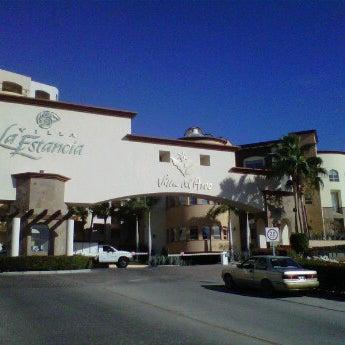 Photo prise au Villa La Estancia Beach Resort & Spa Los Cabos par Violeta K. le4/5/2012