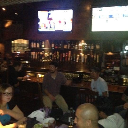 Снимок сделан в SmithHouse - BBQ, Burgers, Brews пользователем Zachary S. 8/26/2012