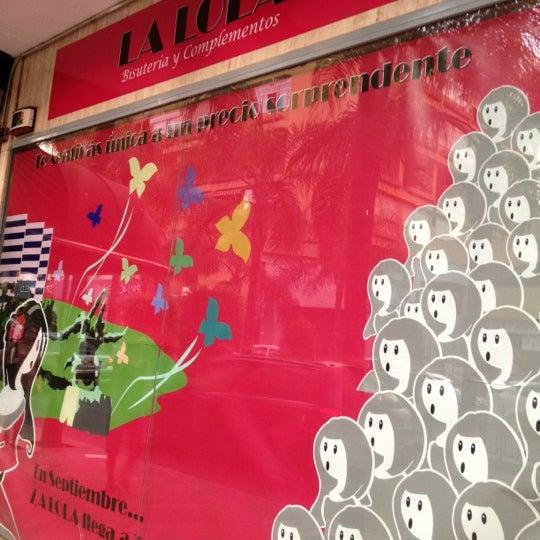 Снимок сделан в La Lola Torremolinos пользователем José Manuel P. 8/30/2012