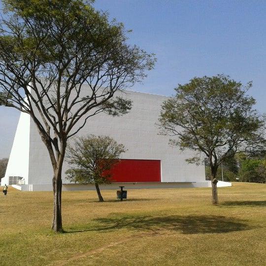 9/5/2012에 Pedro V.님이 Auditório Ibirapuera Oscar Niemeyer에서 찍은 사진