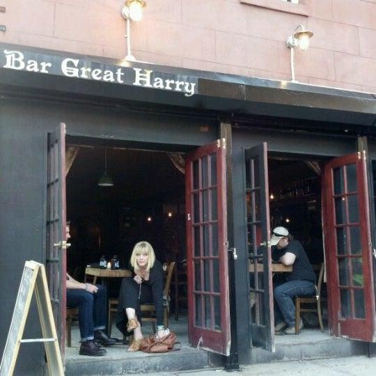 Photo prise au Bar Great Harry par Beer Bar R. le5/4/2012