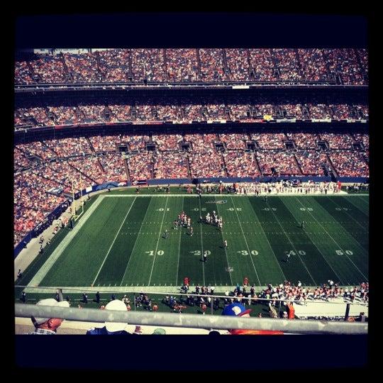 Foto diambil di Broncos Stadium at Mile High oleh Alexandra W. pada 8/26/2012