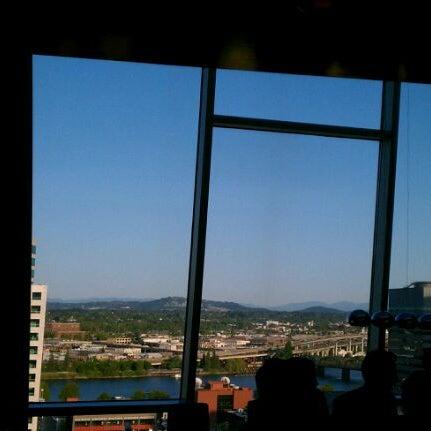 Снимок сделан в Departure пользователем Vidura S. 5/12/2012