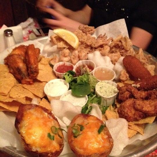 Foto tirada no(a) Big Easy Bar.B.Q & Crabshack por Simon T. em 2/26/2012