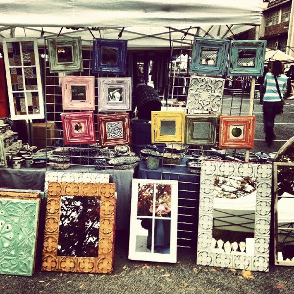 Photo prise au The Flea Market at Eastern Market par Toby O. le6/11/2012