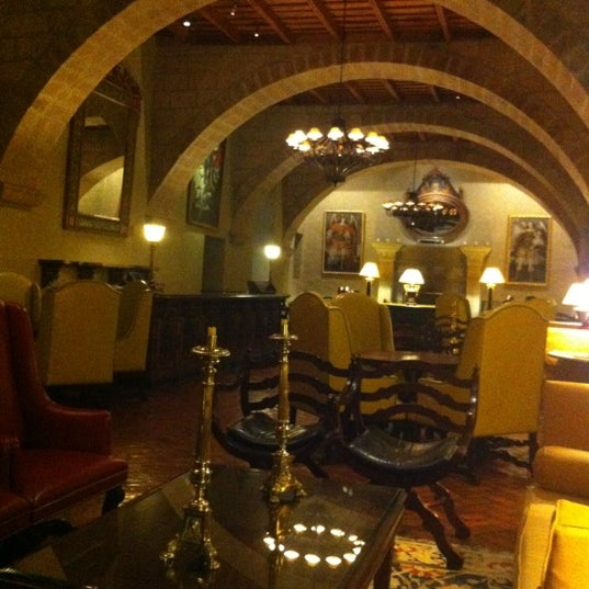 Foto diambil di Belmond Hotel Monasterio oleh Roberto C. pada 7/13/2012