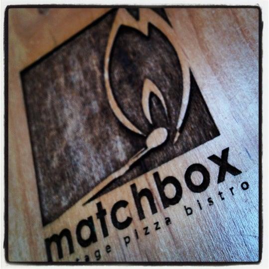 Das Foto wurde bei Matchbox Vintage Pizza Bistro von Scott K. am 3/18/2012 aufgenommen