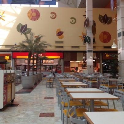 Das Foto wurde bei Grand Plaza Shopping von Clayton F. am 8/8/2012 aufgenommen