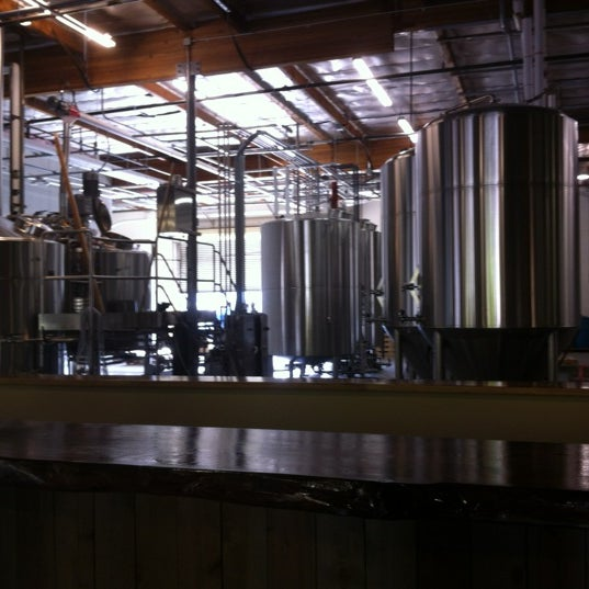 Photo prise au Societe Brewing Company par Dawn M. le5/10/2012