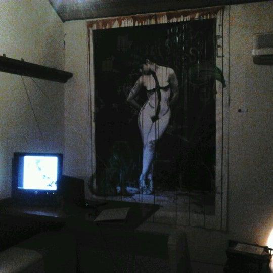 Das Foto wurde bei Das Syndikat von Mariana D. am 7/9/2012 aufgenommen