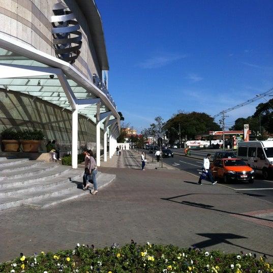 Foto tirada no(a) Shopping Palladium por Nathan G. em 7/4/2012
