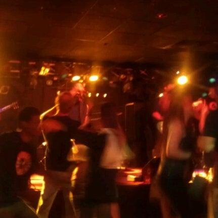 6/24/2012에 Jesse R.님이 Jerseys Bar & Grill에서 찍은 사진