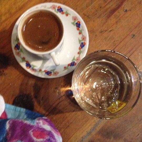 8/24/2012 tarihinde Başak Ş.ziyaretçi tarafından Mica Restaurant & Bar'de çekilen fotoğraf