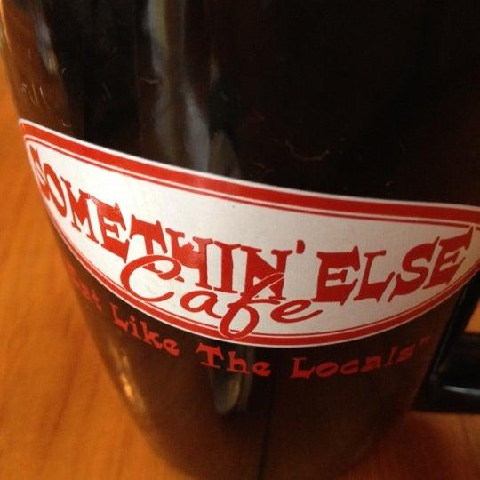 Снимок сделан в Somethin' Else Café пользователем DER 6/16/2012