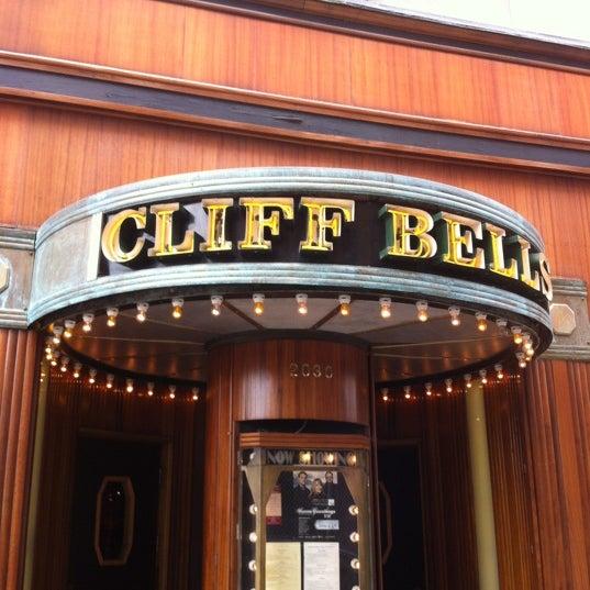 Photo prise au Cliff Bell's par Justin F. le6/24/2012