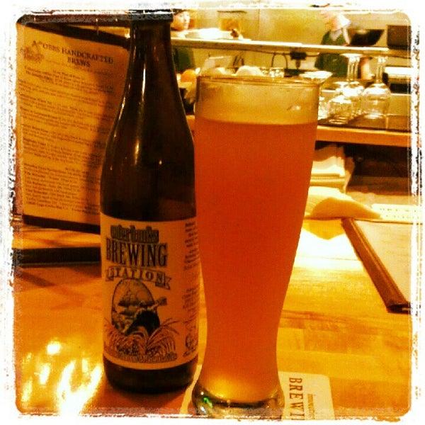 6/14/2012에 Courtney C.님이 Outer Banks Brewing Station에서 찍은 사진