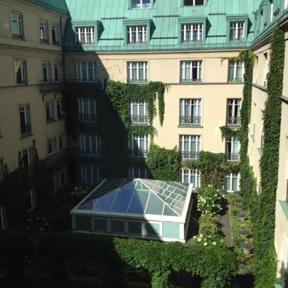 Photo prise au Hotel Adlon Kempinski Berlin par Juan David C. le7/23/2012