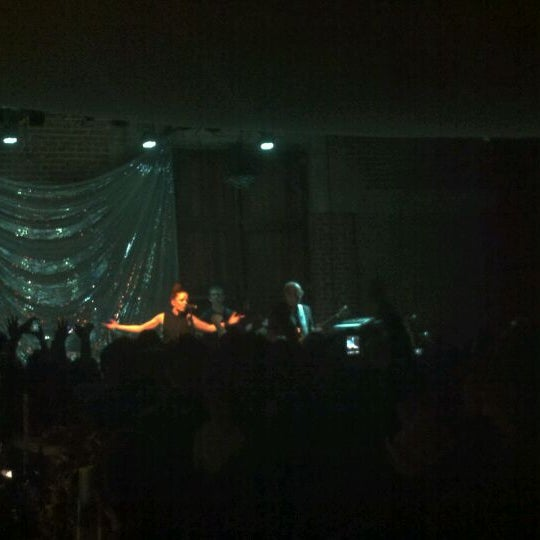 4/7/2012にJeanne H.がBootleg Bar & Theaterで撮った写真