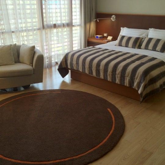 Foto tomada en Hotel Noi por Cynthia D. el 2/25/2012