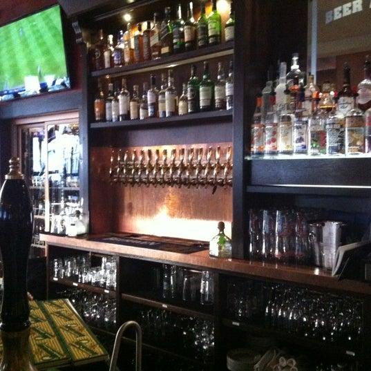 Foto diambil di Beer Authority NYC oleh lindsay b. pada 7/14/2012