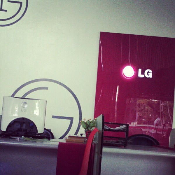 Photos at LG Service Center - 39 visitors