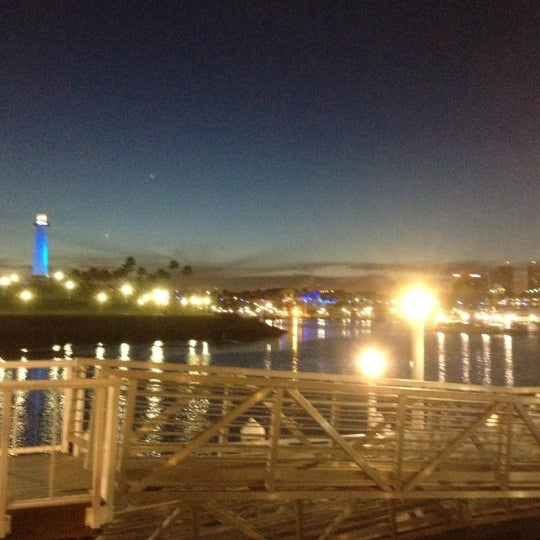 Снимок сделан в Parkers' Lighthouse пользователем Keith D. 3/29/2012