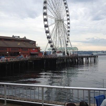 Das Foto wurde bei Waterfront Park von Beau W. am 8/6/2012 aufgenommen