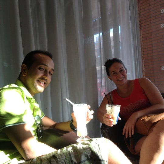 9/9/2012にSergio C.がScandalous Loungeで撮った写真