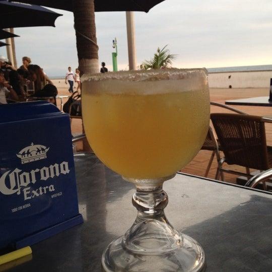 Foto diambil di Day Off Beach Bar oleh Lalo J. pada 6/9/2012
