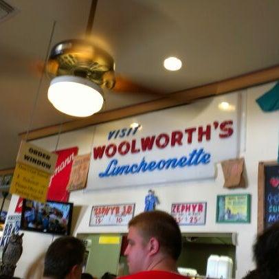 6/3/2012にSulley W.がParkway Bakery & Tavernで撮った写真