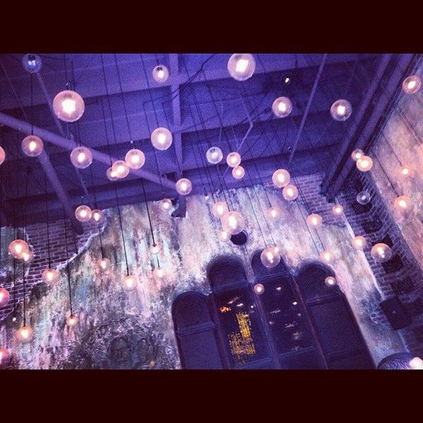 3/31/2012에 Ron L.님이 Salvage Bar & Lounge에서 찍은 사진