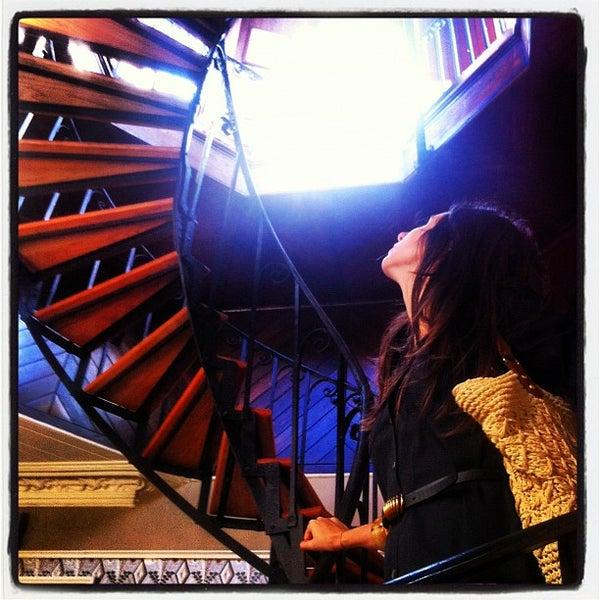 Foto diambil di Wentworth Mansion oleh david l. pada 7/12/2012