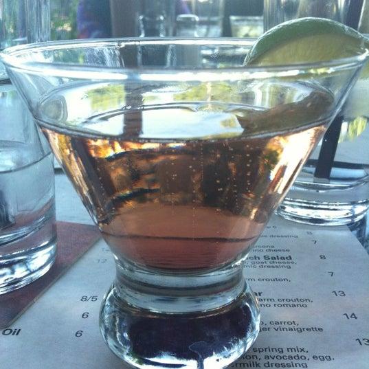 6/12/2012 tarihinde Jenny P.ziyaretçi tarafından Urban Eatery'de çekilen fotoğraf