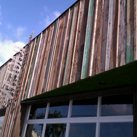 Das Foto wurde bei Raglan Public House von Lindsay B. am 2/12/2012 aufgenommen