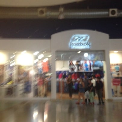 b792fe9882a Photo taken at Reebok Outlet by Marco Antonio D. on 8 11 2012