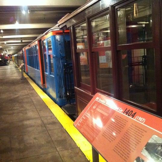 5/18/2012 tarihinde Juston P.ziyaretçi tarafından New York Transit Museum'de çekilen fotoğraf