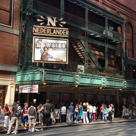 8/25/2012にMark L.がNederlander Theatreで撮った写真