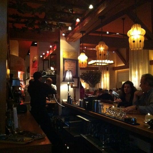 Foto scattata a Kellari Taverna NY da Nadim B. il 3/18/2012