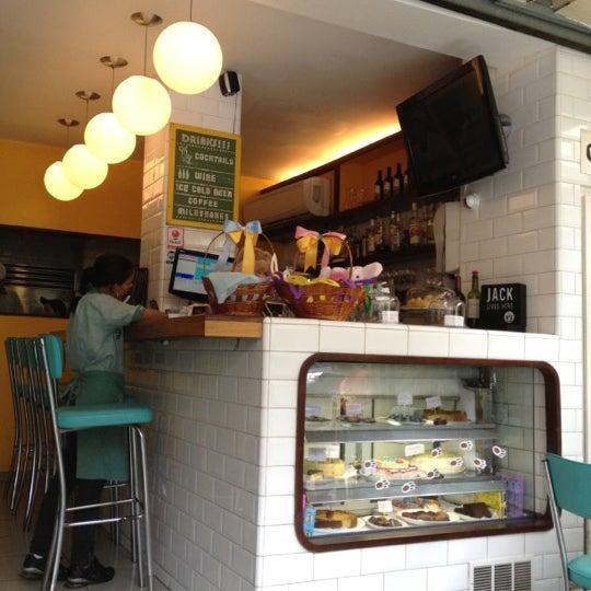 Photo prise au Gringo Café par Patricia S. le3/24/2012
