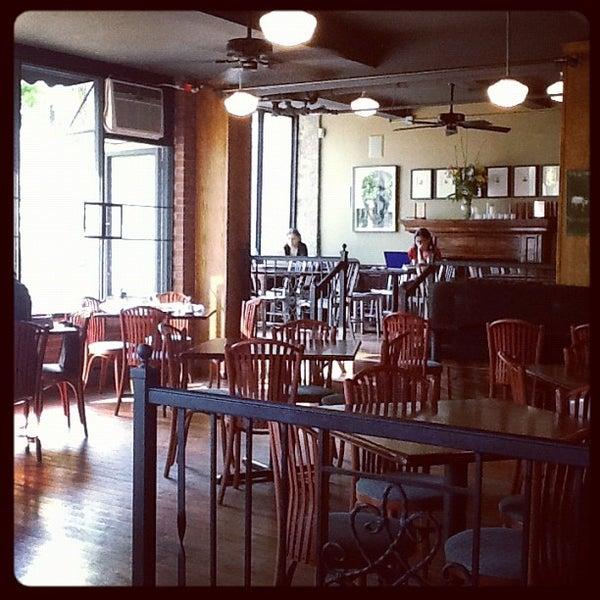 Das Foto wurde bei Indian Road Café von Diego N. am 5/18/2012 aufgenommen