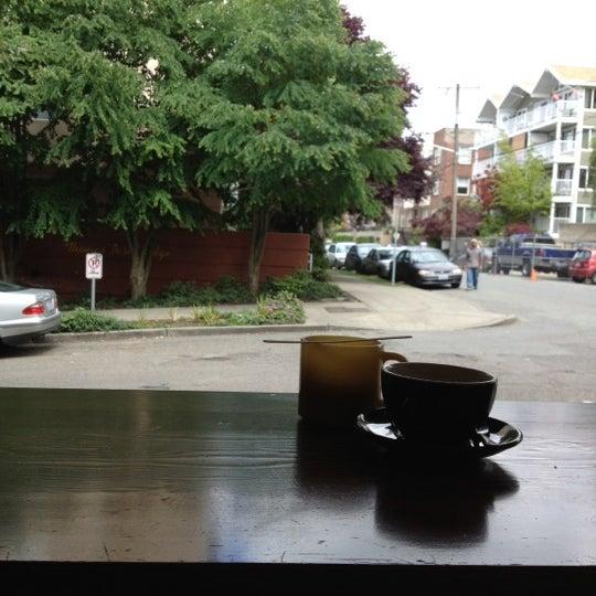 Снимок сделан в Analog Coffee пользователем fox 6/9/2012