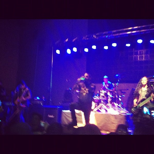 รูปภาพถ่ายที่ BLONDIE โดย Alfredo A. เมื่อ 9/10/2012