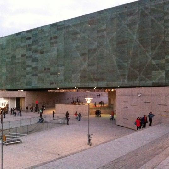 Foto diambil di Museo de la Memoria y los Derechos Humanos oleh Pablo R. pada 5/6/2012