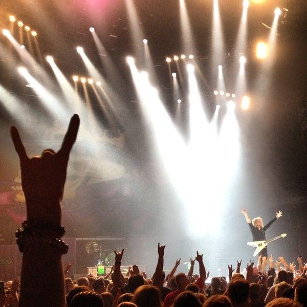รูปภาพถ่ายที่ Allstate Arena โดย Edgard G. เมื่อ 7/20/2012