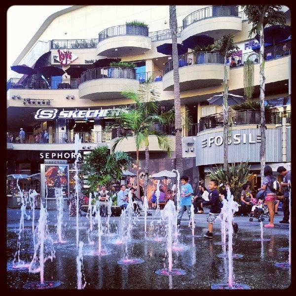 รูปภาพถ่ายที่ Hollywood & Highland Center โดย Paul A. เมื่อ 8/27/2012