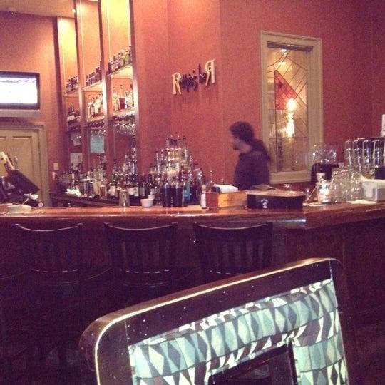 Foto tirada no(a) Marigny Brasserie por April B. em 5/16/2012